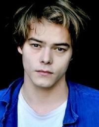 Charlie Heaton